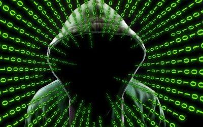 Hakerzy atakują mini kamery bezprzewodowe! Jak się przed tym uchronić?